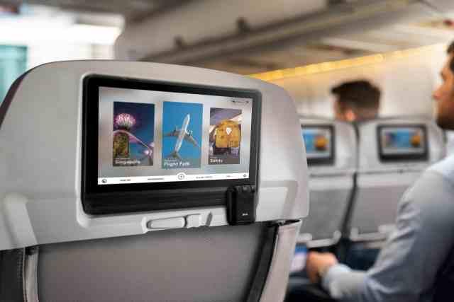 RHA-Wireless-Audio-Adapter-AirPods-2