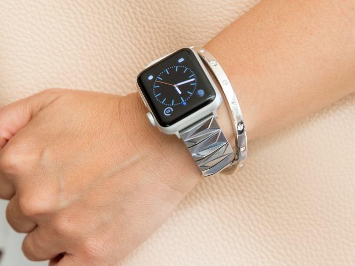 Goldenerre Pyramid bracelet for Apple Watch