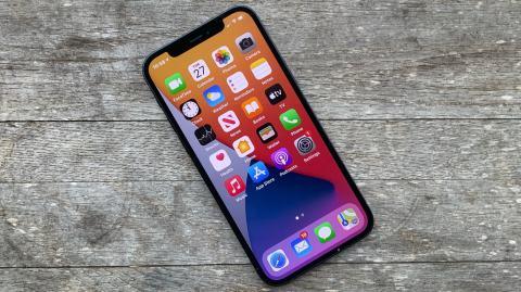 New iPhone lineup may bring smaller notch, better sensor-shift cameras
