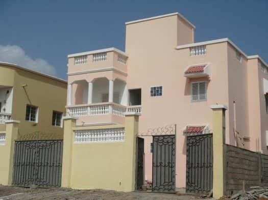 A louer un Appartement F5 tage au saline ouest  Djibouti