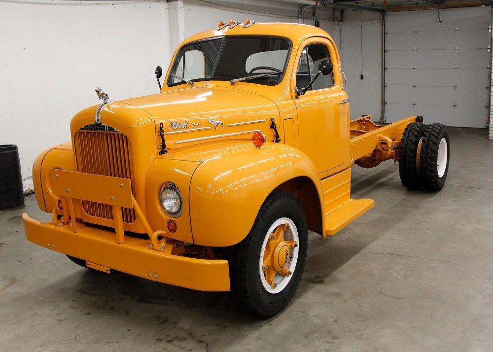 medium resolution of 1957 mack b 30 truck