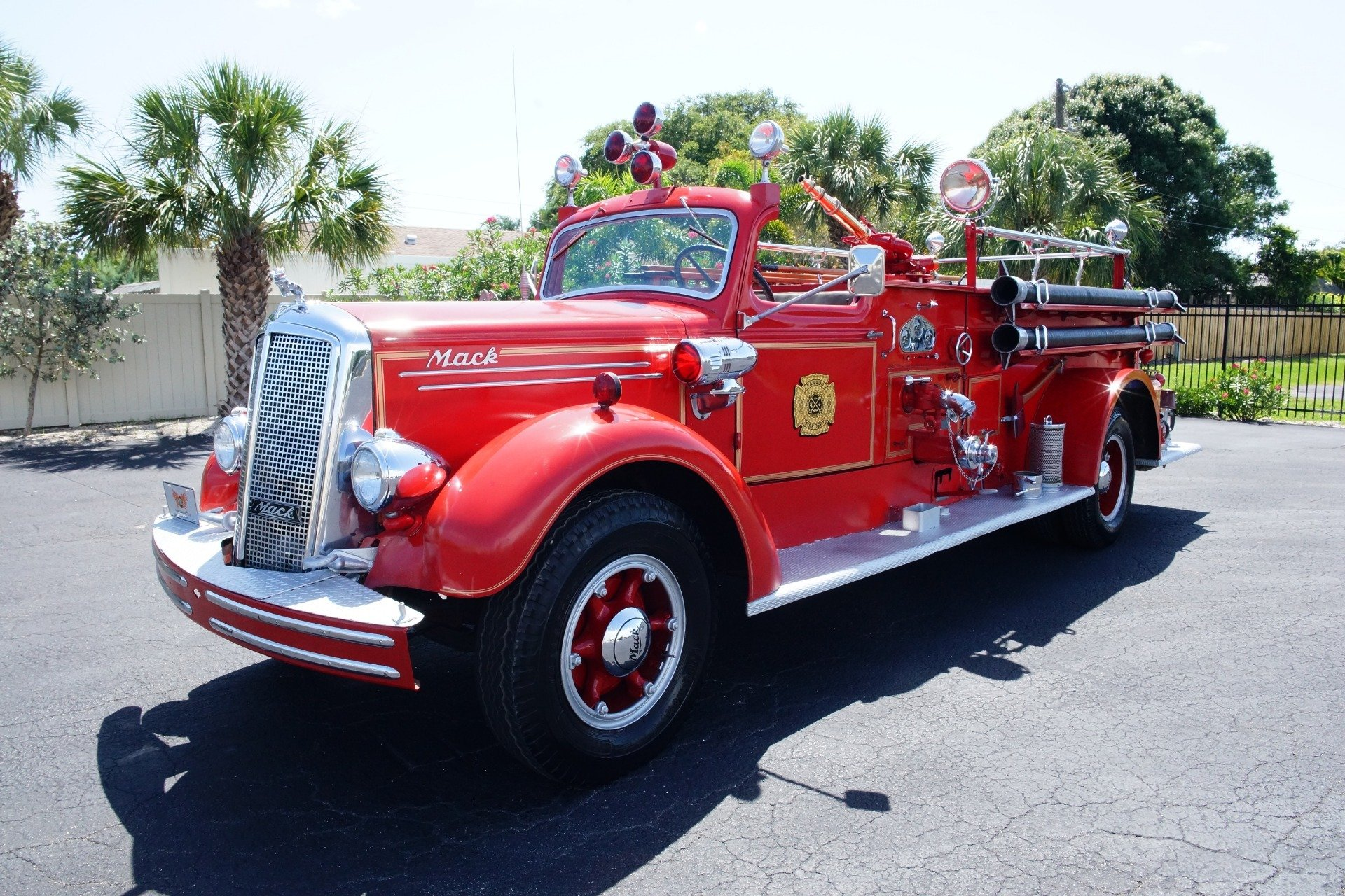 hight resolution of fire engine siren wiring diagram wiring diagram schematic1943 mack model 505 fire truck ideal classic cars