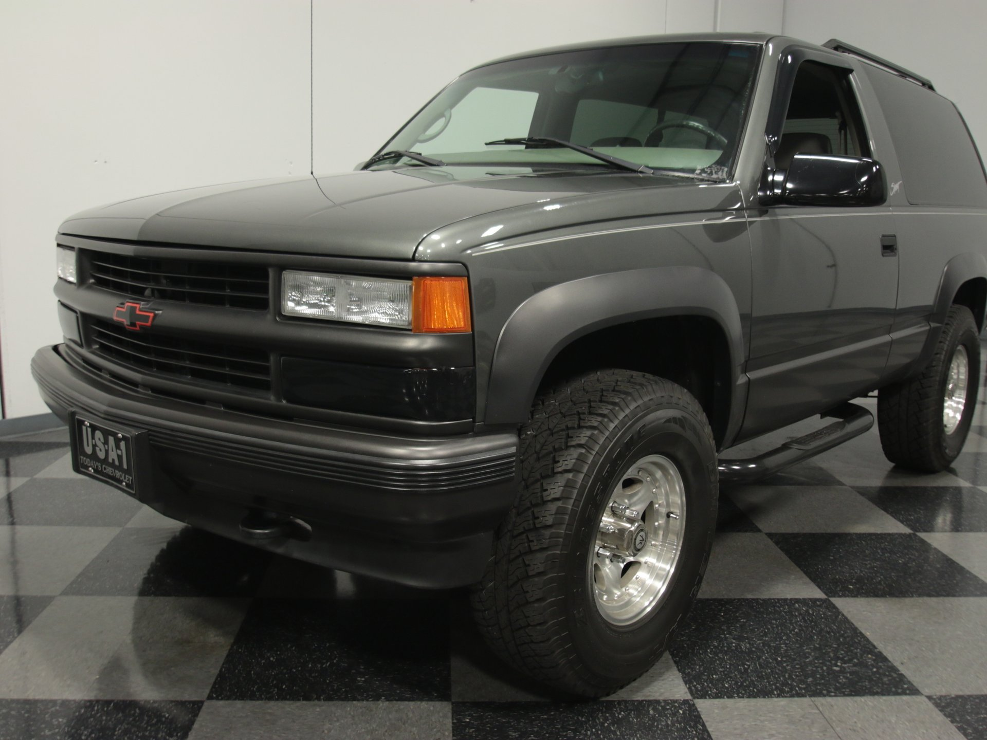 hight resolution of email us about this 1999 chevrolet tahoe