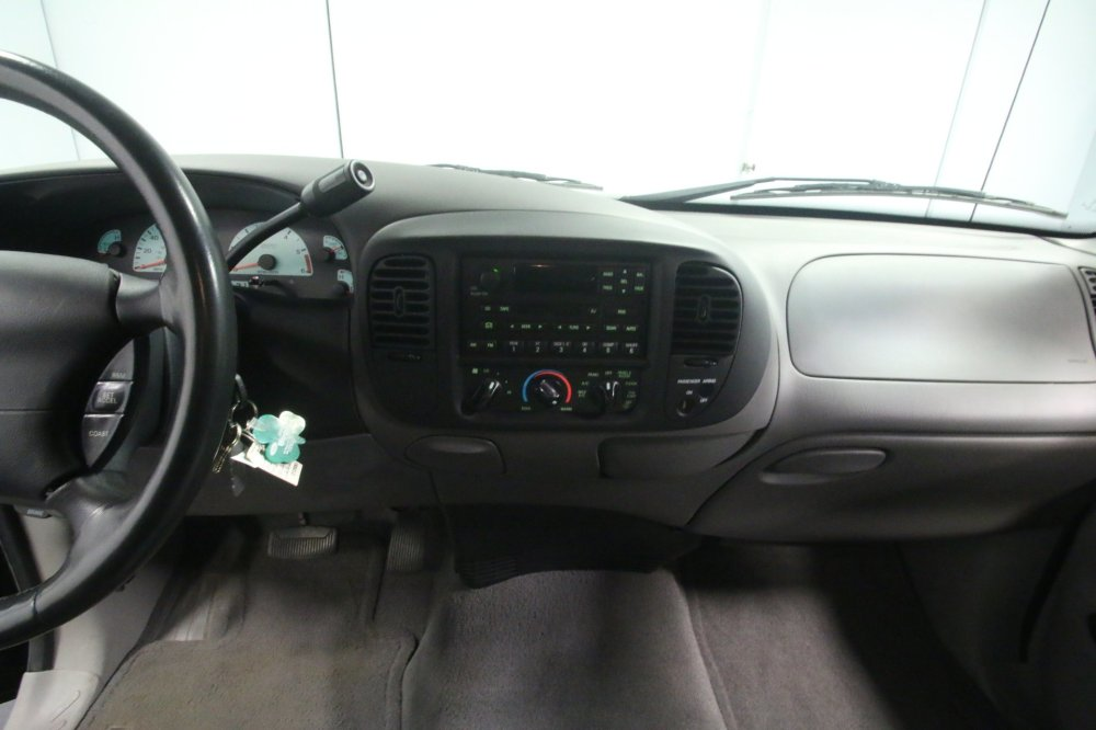 medium resolution of  2001 ford f 150 spincar view play video view 360