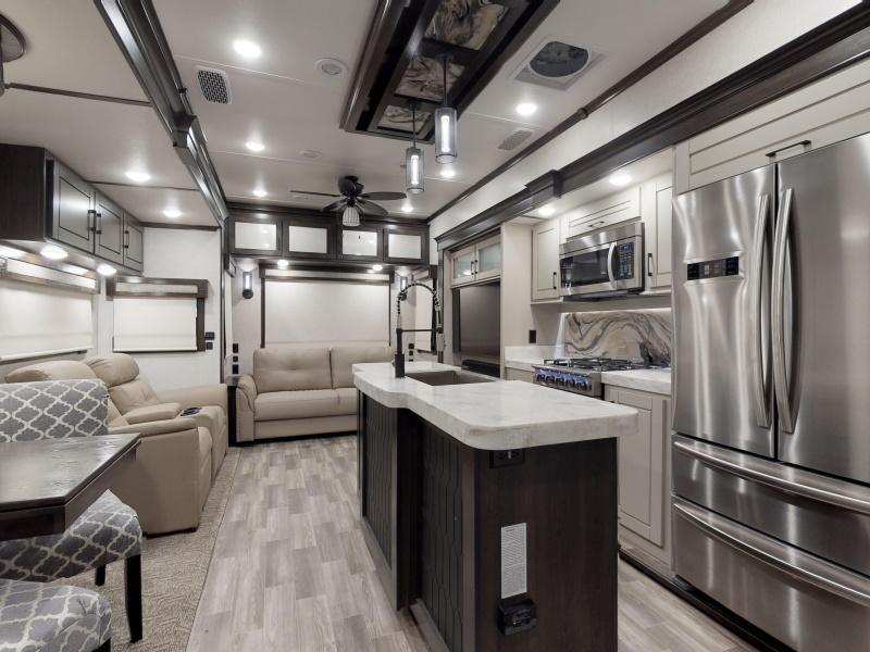 These are two bedroom fifth wheel floor plans or rv trailer camper with two bedrooms. Fifth Wheels For Sale Midland Tx 5th Wheel Dealer