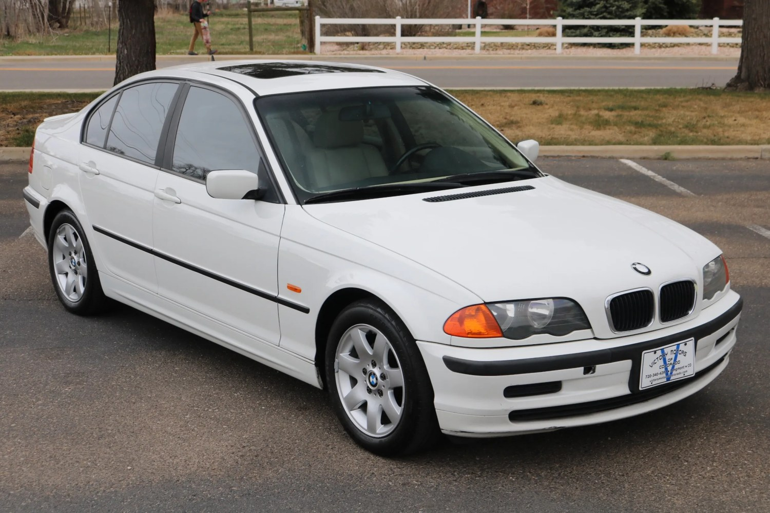 medium resolution of 2000 bmw 323i