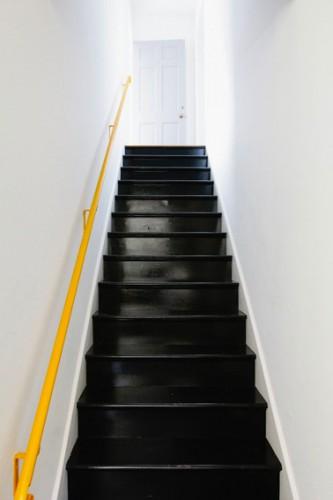 Peindre Un Escalier En Bois Avec La Peinture Renovation V33