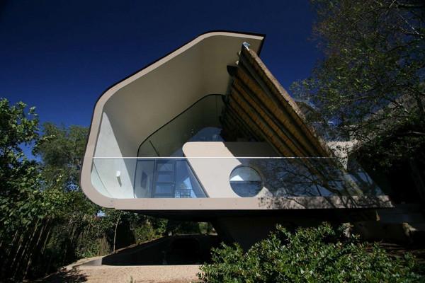 Tradition meets modern architecture in South Africa Wright House