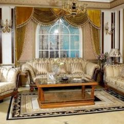 Contemporary Living Room Furniture Designs Small Christmas Decoration Ideas Usher In Old World Charm With Traditional ...