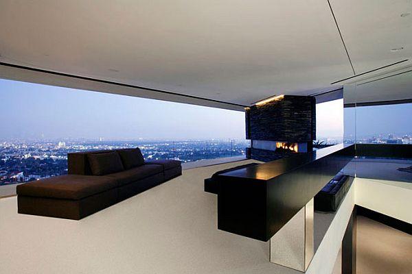 Minimalist Openhouse Design in Hollywood Hills California
