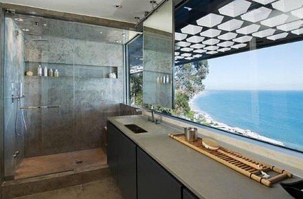 Ultra Modern Malibu Villa With Outdoor Pool Spells Luxury