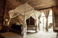 safari inspired bedroom baldaqino - Decoist