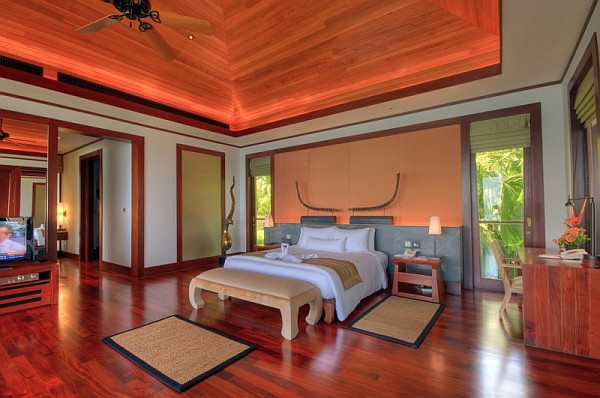 FiveBedroom Luxury Seaside Villa in Phuket Is Enchanting