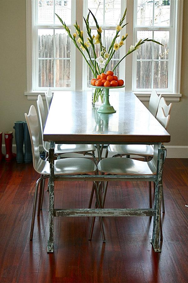 25 Sleek Industrial Furniture Finds