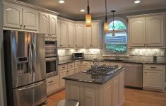Professionally Kitchen Cabinet Finish That Are Simply Flawless