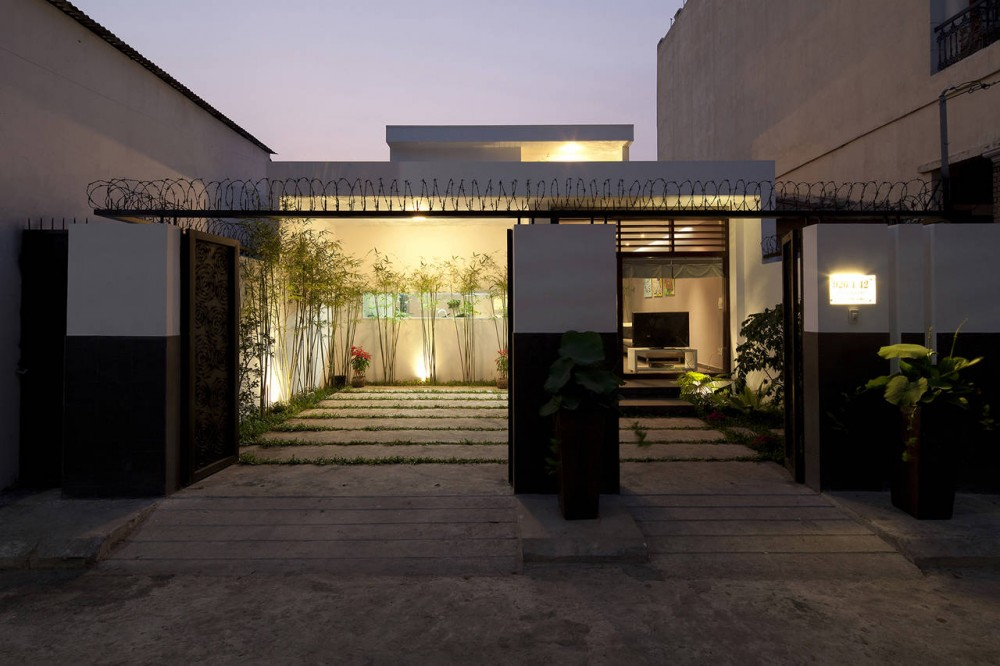 Contemporary Vietnamese Home in Ho Chi Minh City Charms