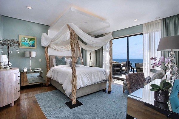 beach house bedroom California Beach House Spells Luxury and Class