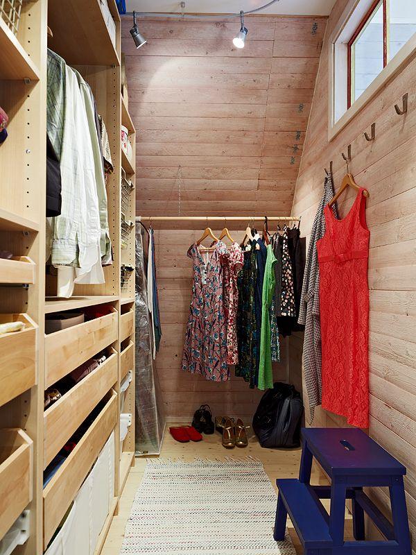 Full Wall Wardrobe Closet