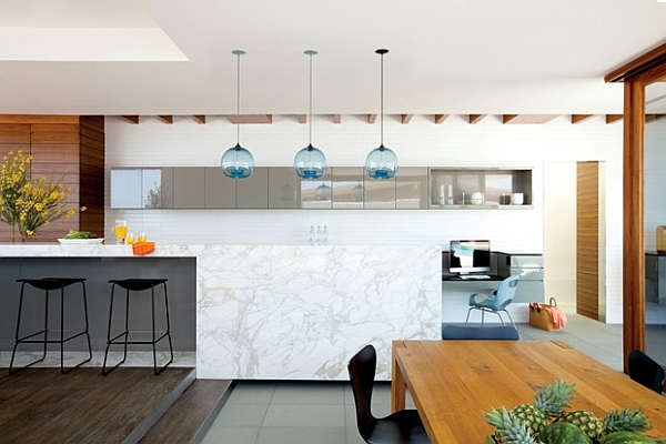 Modern living space in California amalgamates contrasting
