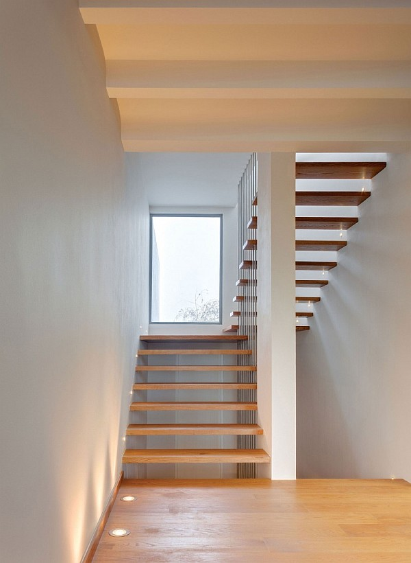 Casa Valna Contemporary House Maximizes Space With A