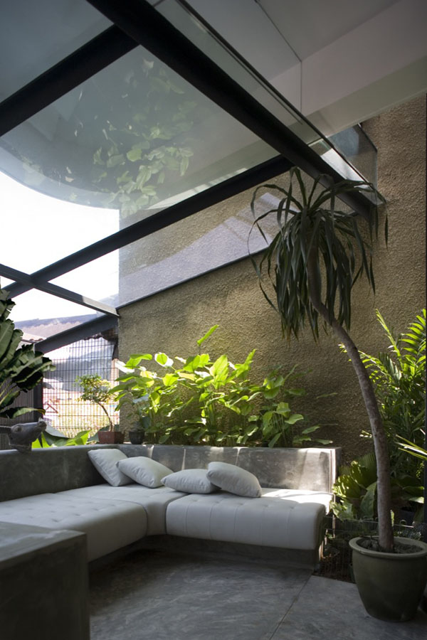 Stunning Indoor Gardens Create Seamless HumanNature