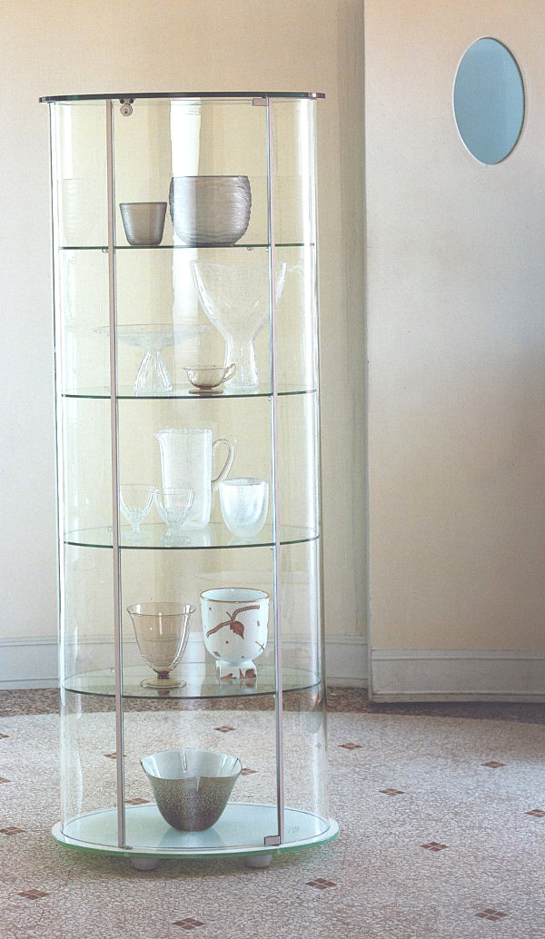 Glass Cabinets For A Chic Display
