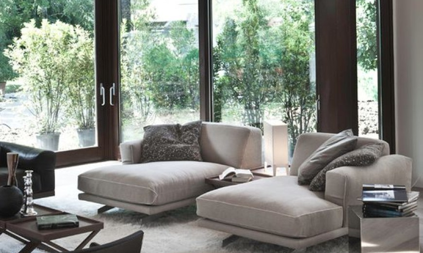 chaise in living room swivel chair for inspiration hollywood 34 stylish interiors sporting the timeless lounge