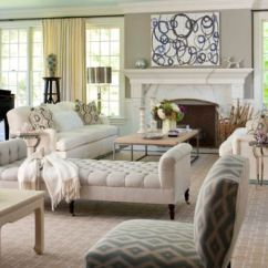 Chaise Lounges For Living Room Decorating Ideas With Wood Floors Inspiration Hollywood 34 Stylish Interiors Sporting The Timeless View In Gallery Lounge Cream A Comfortable