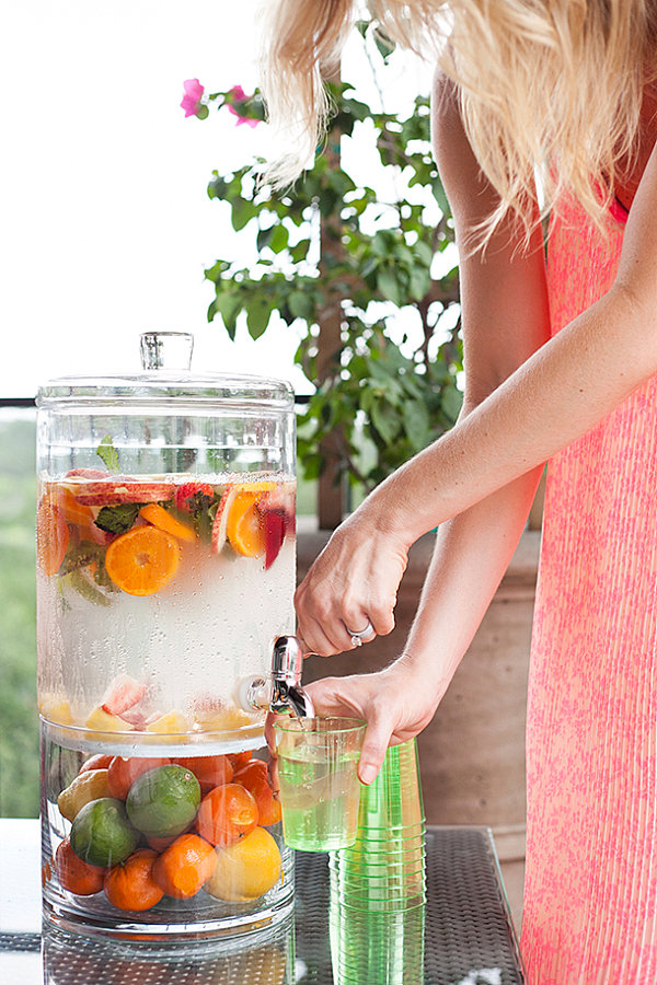 12 Tips for Hosting a Summer Party