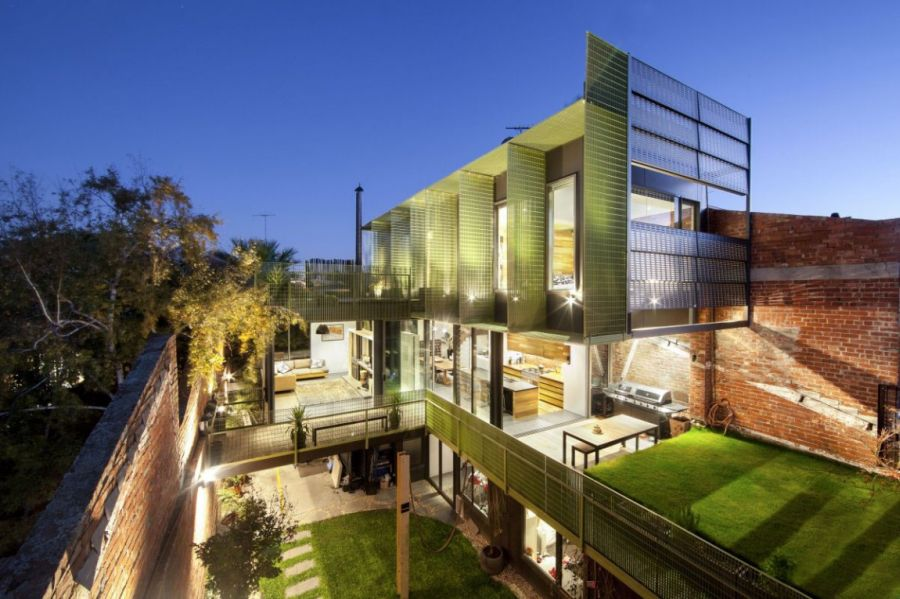 Old Warehouse In Melbourne Acquires A New Lease Of Life