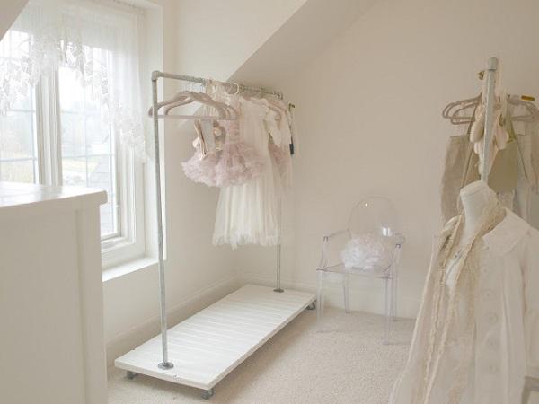 Little Baby Girl Wallpaper Ideas Chic Diy Clothes Rack Ideas