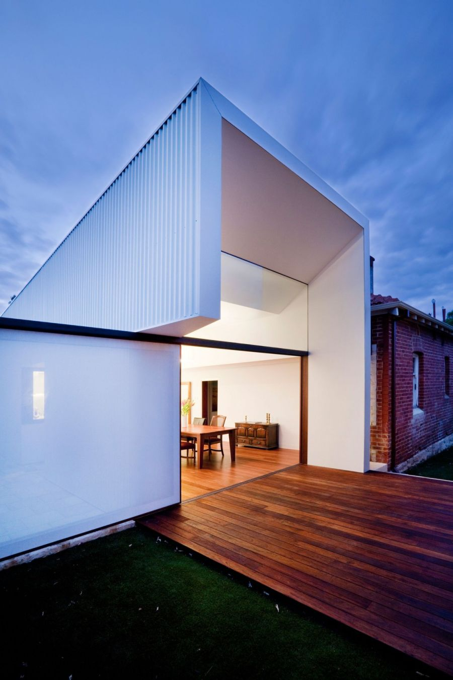 Westbury Crescent Residence In Perth Gets A Modern Makeover