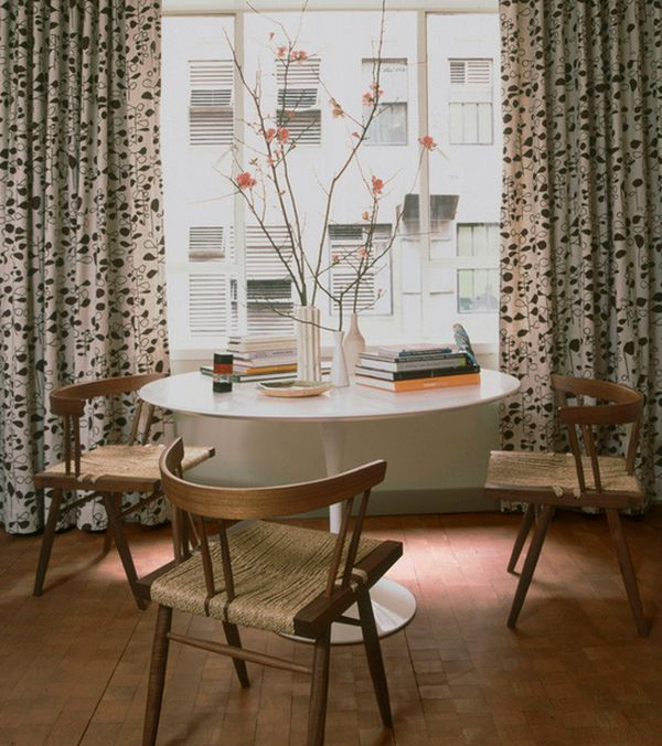 tulip table and chairs chair to play guitar saarinen a design classic perfect for contemporary view in gallery touch of scandinavian charm surrounds the