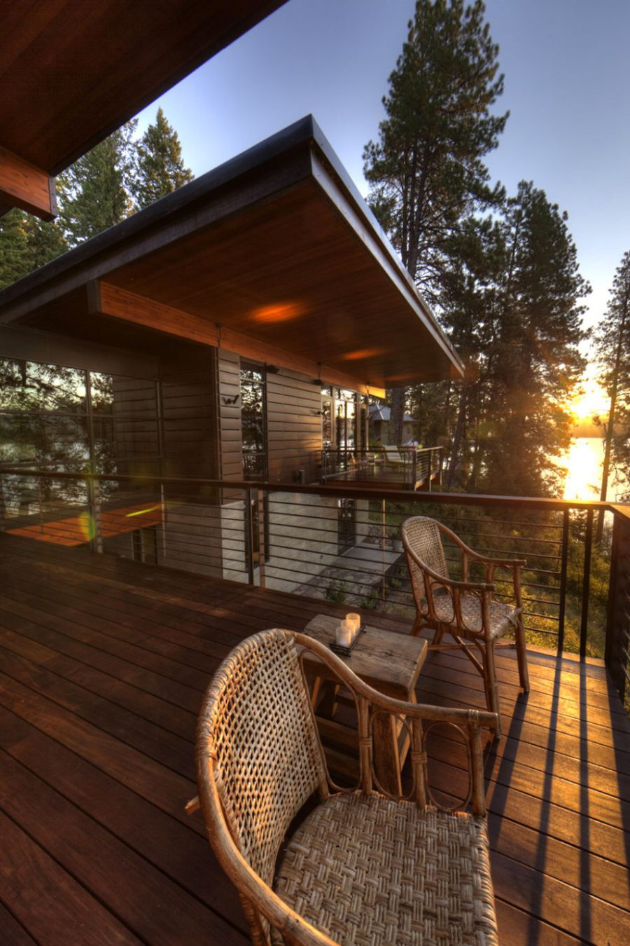 Coeur DAlene Cabin Blends Lovely Lake Views With Modern Interiors