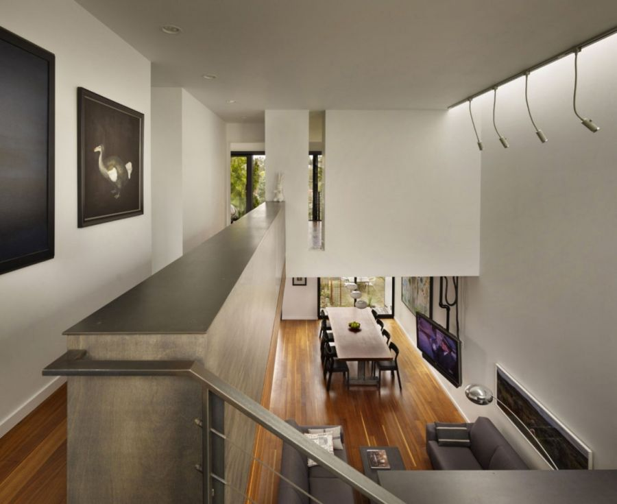 Art Filled Interior Of Beet Residence Ushers In Contemporary Chic