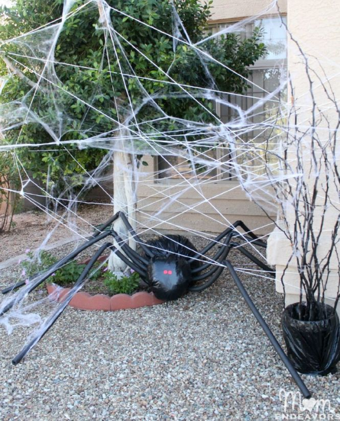 View In Gallery Diy Giant Spider For