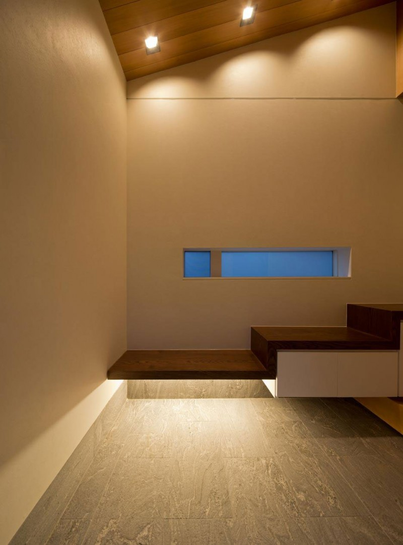 Minimalist Japanese Residence Blends Privacy With An Airy