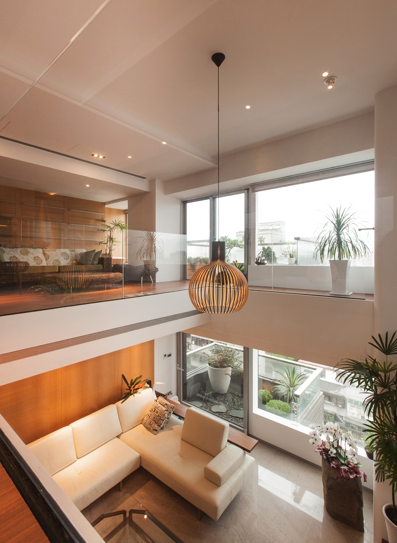 Living room with high ceiling for an airy appeal  Decoist