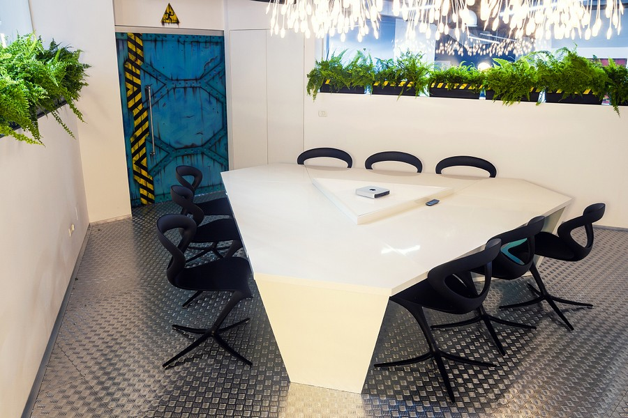 Imaginative SpaceshipThemed Office With A Touch of Sustainability