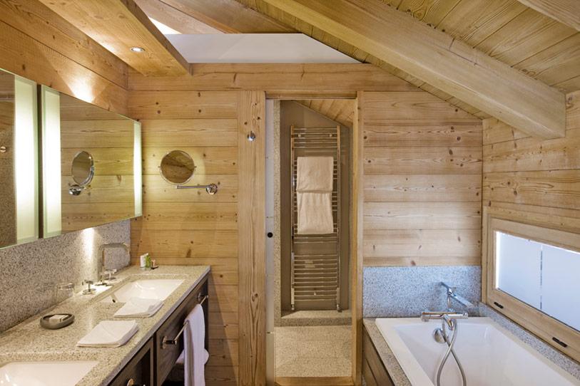 Bathroom of French Chalet  Decoist