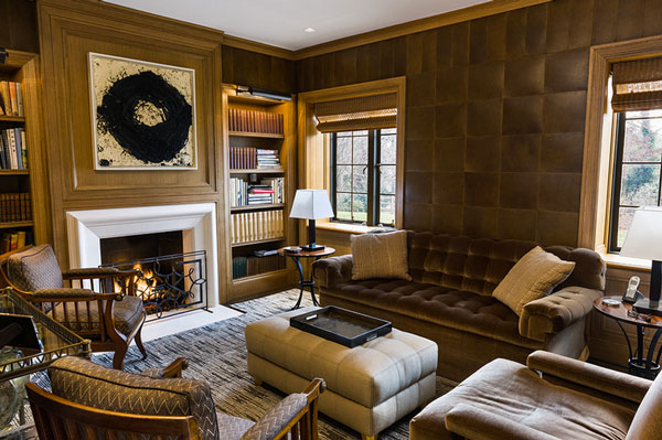 Regal Leather Walls That Put Wallpaper To Shame
