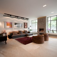 Small Living Room Setting Ideas Colors Grey Stunning Contemporary Israeli Home Sparkles With A Classy ...