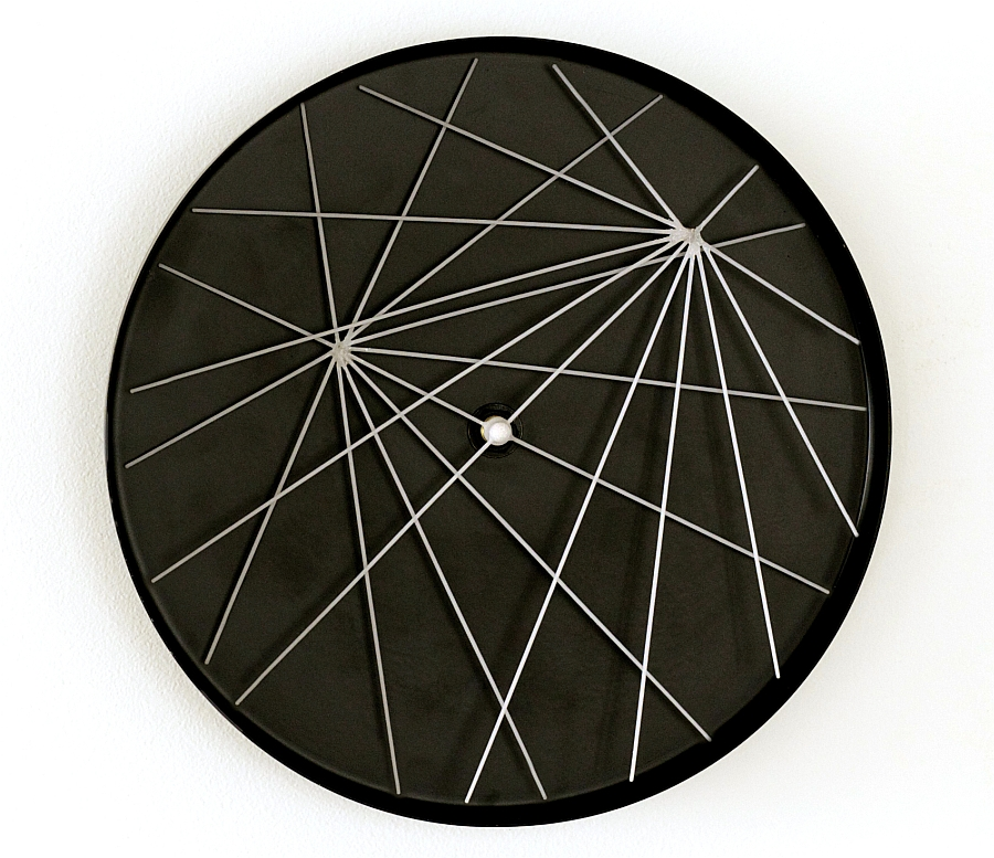 Stylish And Dynamic Wall Clocks Add Minimalist Appeal To