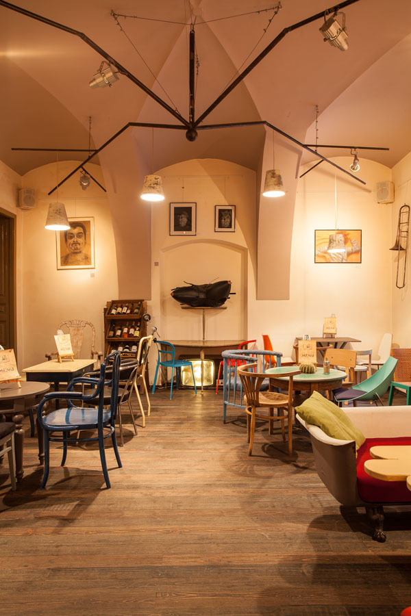 Eclectic Coffee Shop Design in the Heart of Transylvania