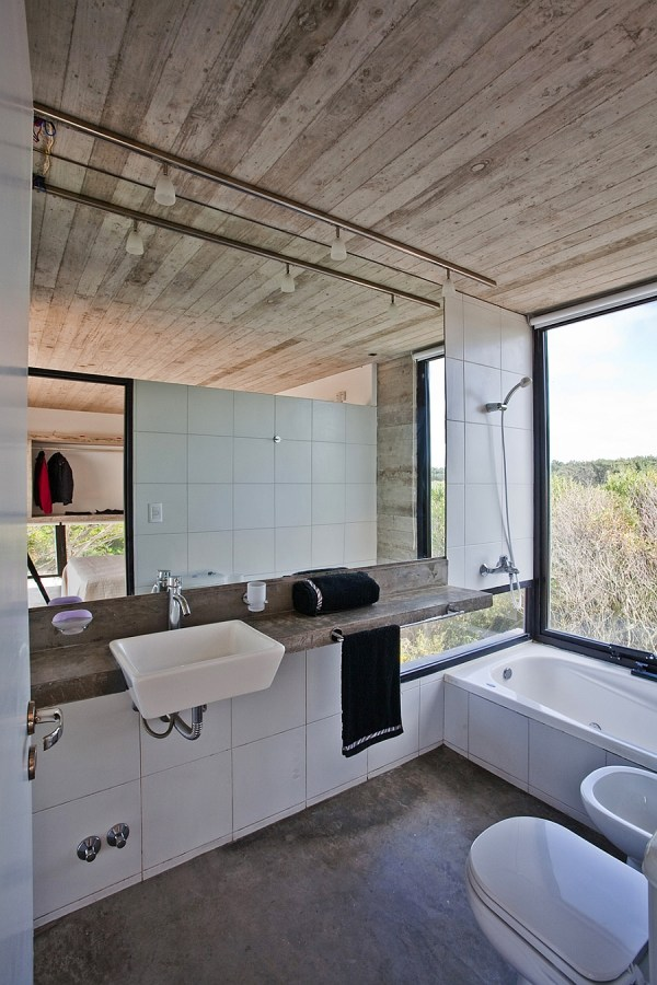 Modern Industrial Style Bathroom