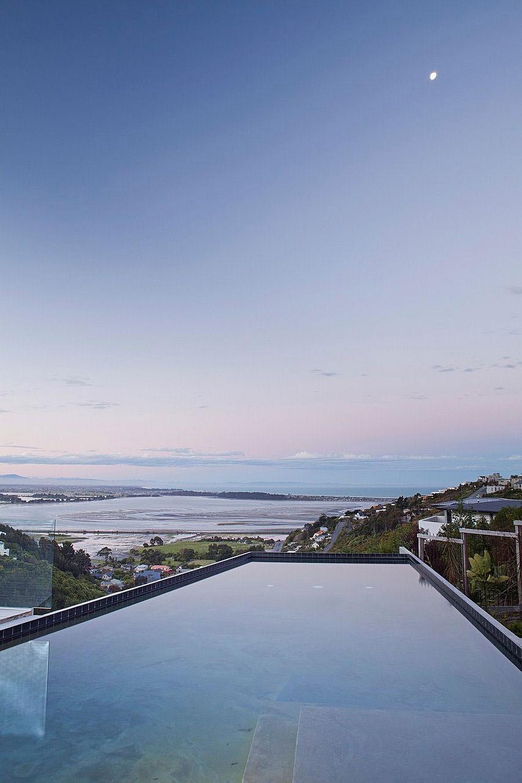 Stunning Ocean Views And An Open Interior Define The Redcliffs House