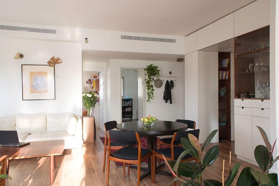 Ingenious Apartment In Tel Aviv Adopts A Trendy Vintage Style
