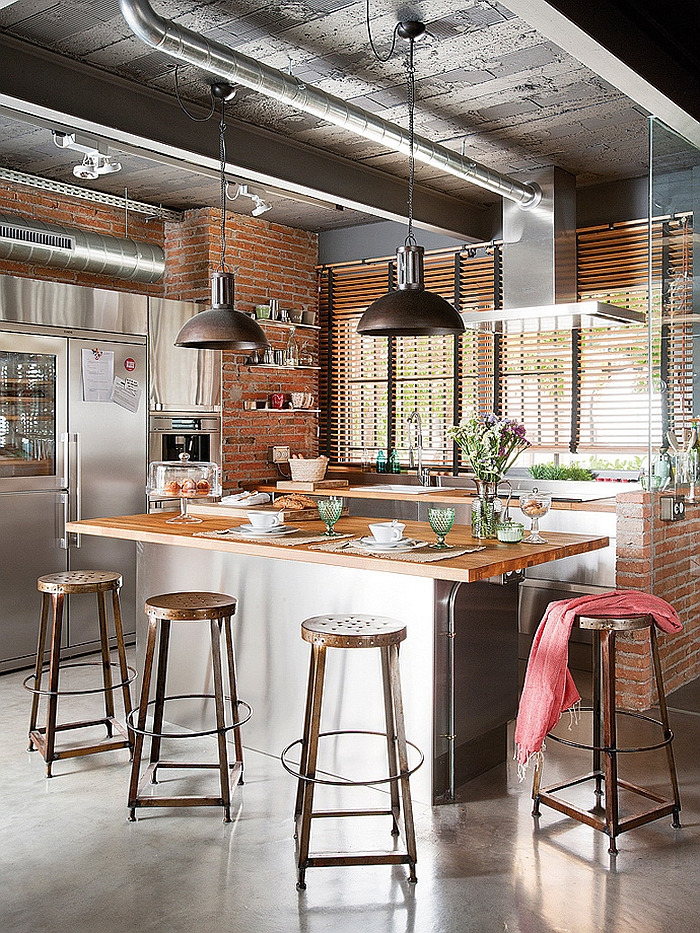 Exclusive Industrial Loft in Barcelona Invites Nature Indoors