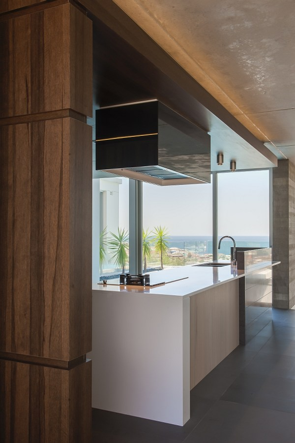 Contemporary Kitchen In Sydney Blends Cutting-edge Style