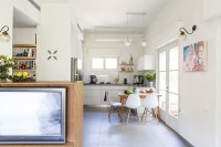 Small Tel Aviv Apartment Gets A Gorgeous Makeover And A ...